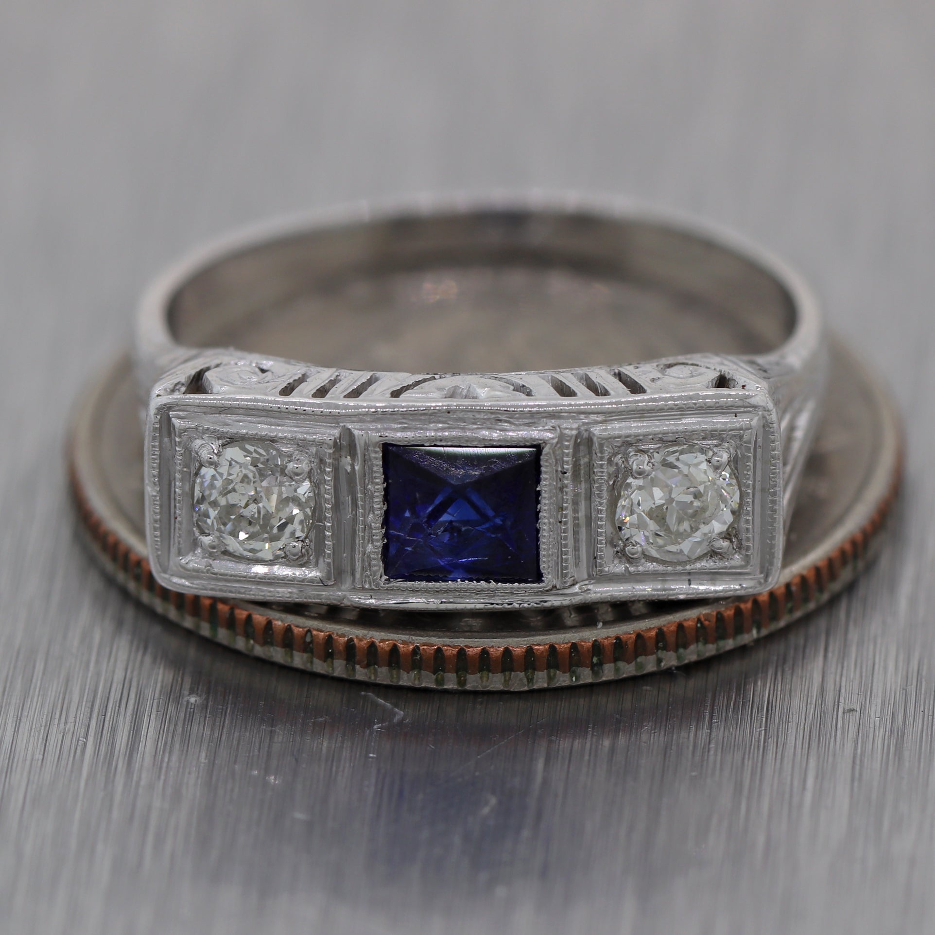 1930's Antique Art Deco 14k White Gold 0.73ctw Sapphire & Diamond Ring