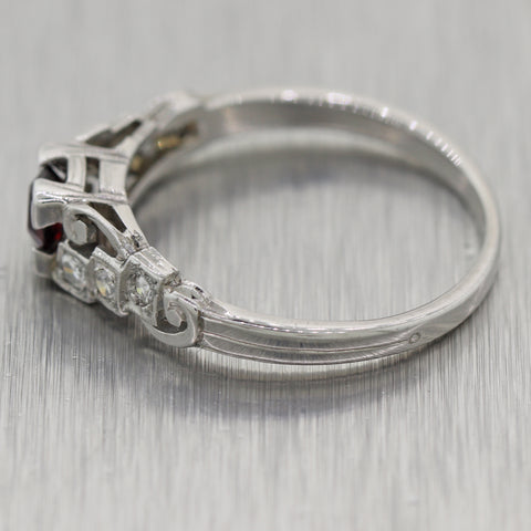 1930's Antique Art Deco 18k White Gold 0.35ctw Garnet & Diamond Ring