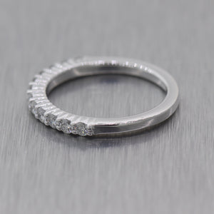 Modern 18k White Gold 0.50ctw Diamond Wedding Band Ring