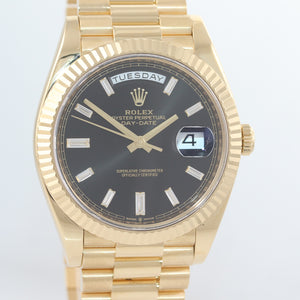NEW PAPERS 2019 Rolex President 40mm 228238 Yellow Gold Black Diamond Watch