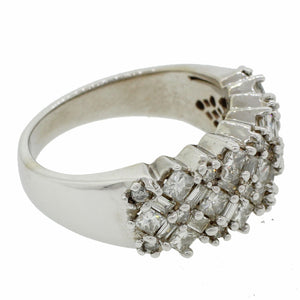 Modern Ladies 14k Solid White Gold 2.00ctw Diamond Cluster Band Ring