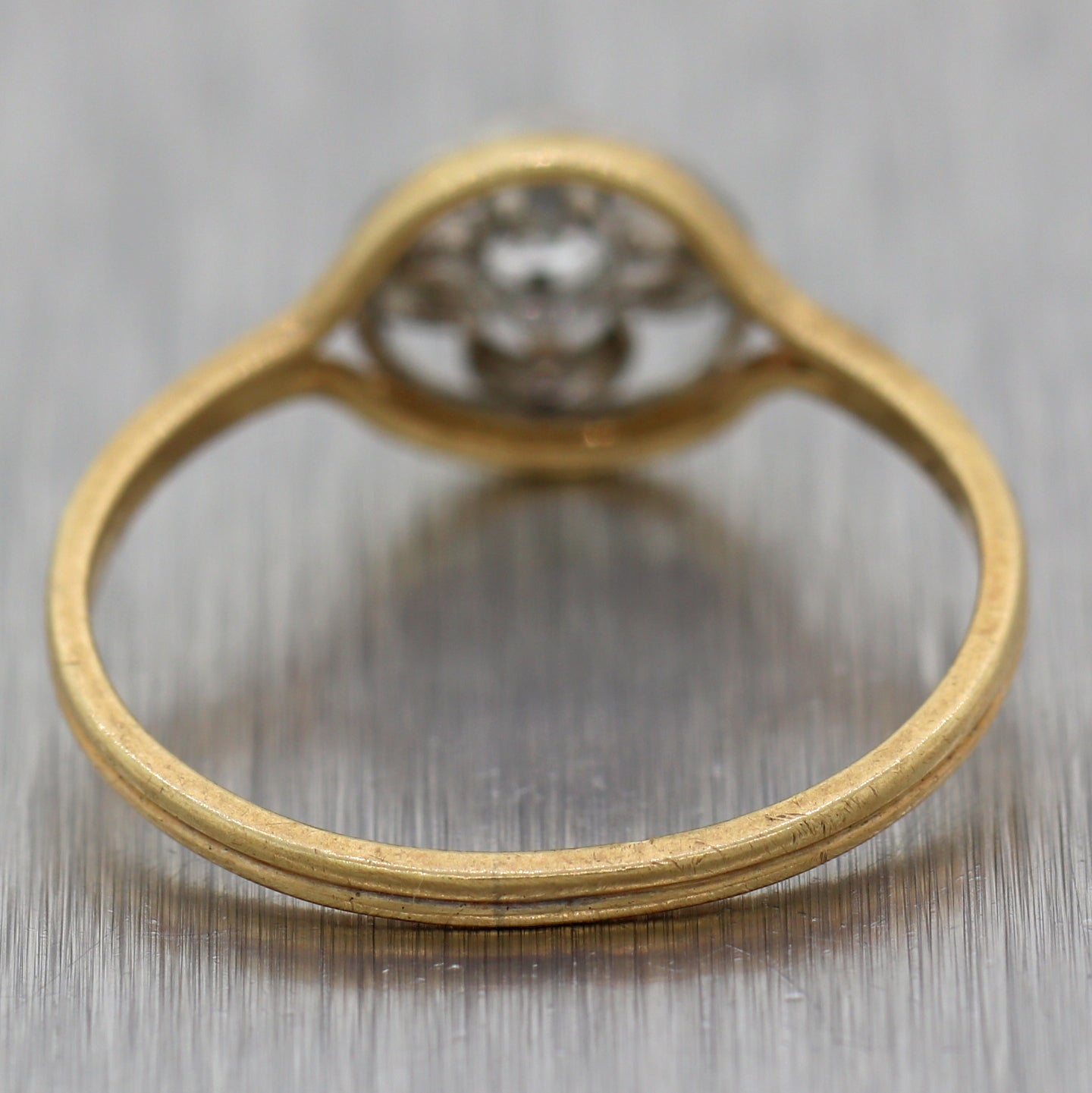 1920's Antique Art Deco 14k Yellow Gold 0.10ctw Diamond Ring