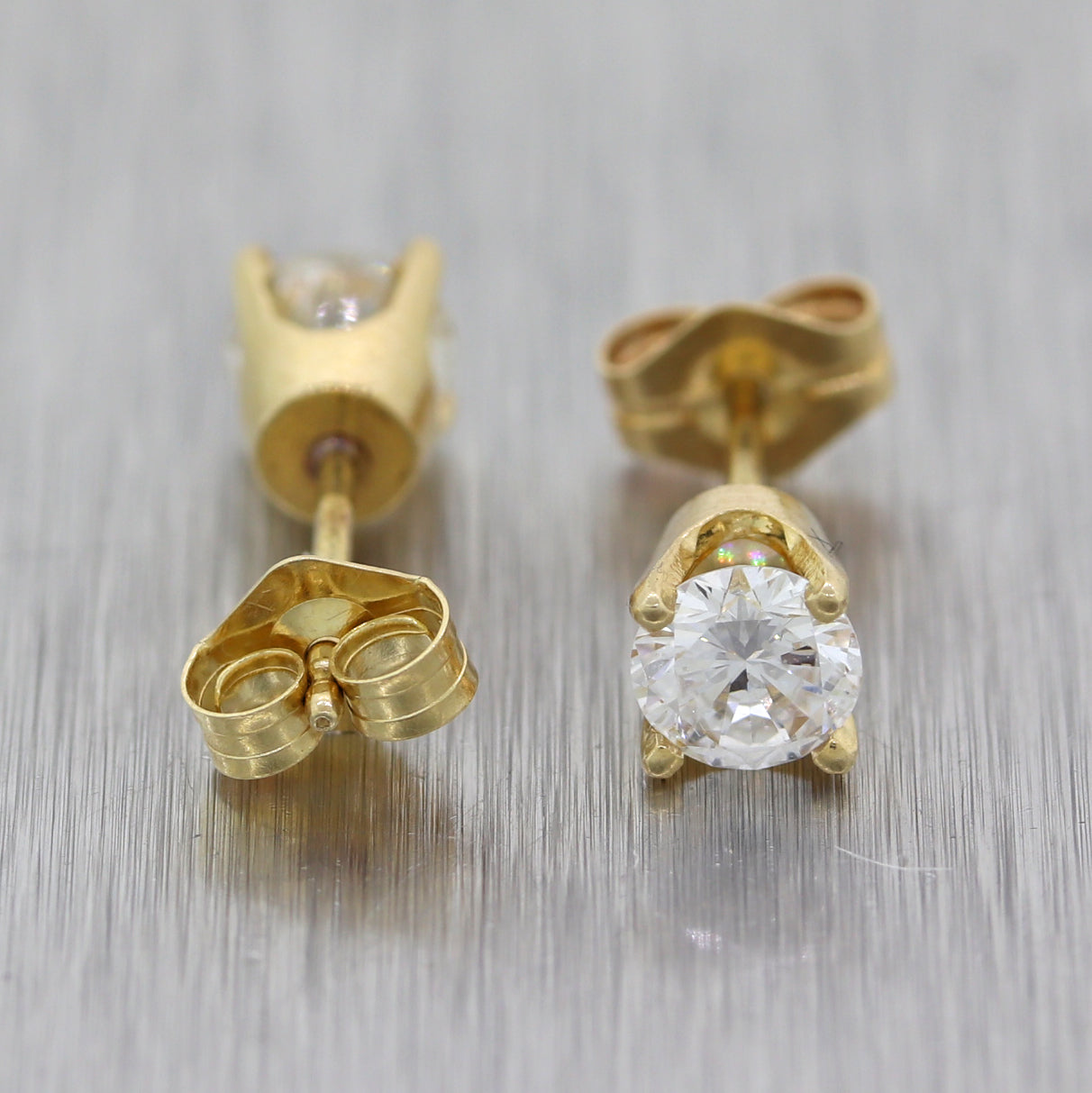 Modern 14k Yellow Gold 0.66ctw Diamond Stud Earrings