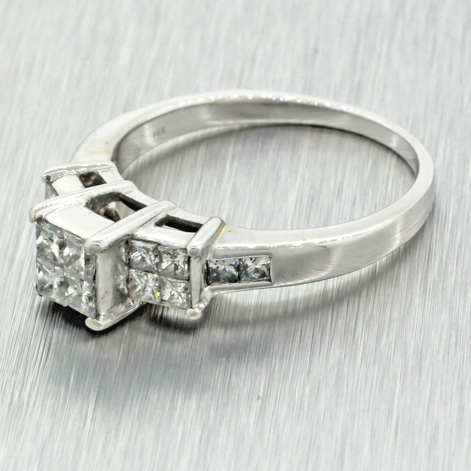 Modern Solid 14k White Gold 1.70ct Princess Cut Diamond Solitaire Accent Engagement Ring