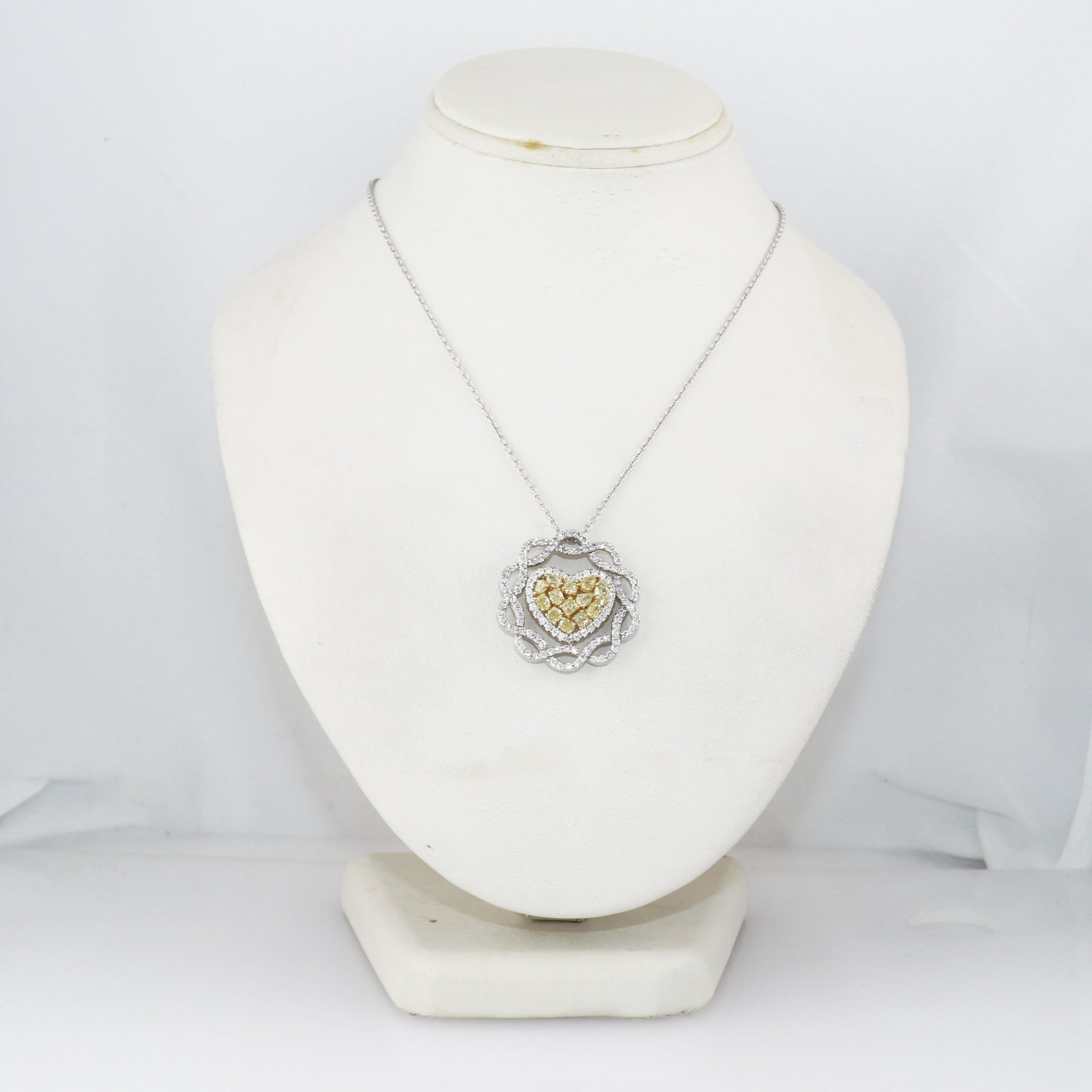 "Modern 14k White Gold 3ctw Fancy Yellow & White Diamond 18"" Necklace"