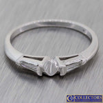 1930s Antique Art Deco 14k White Gold .10ctw Baguette Diamond Band Ring H8