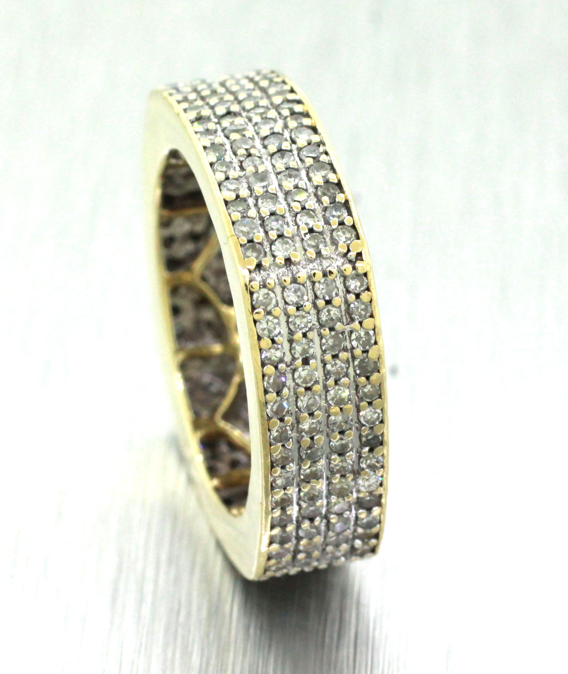 Vintage Estate 14k Solid Yellow Gold 1.26ctw Diamond Cluster Eternity Band Ring