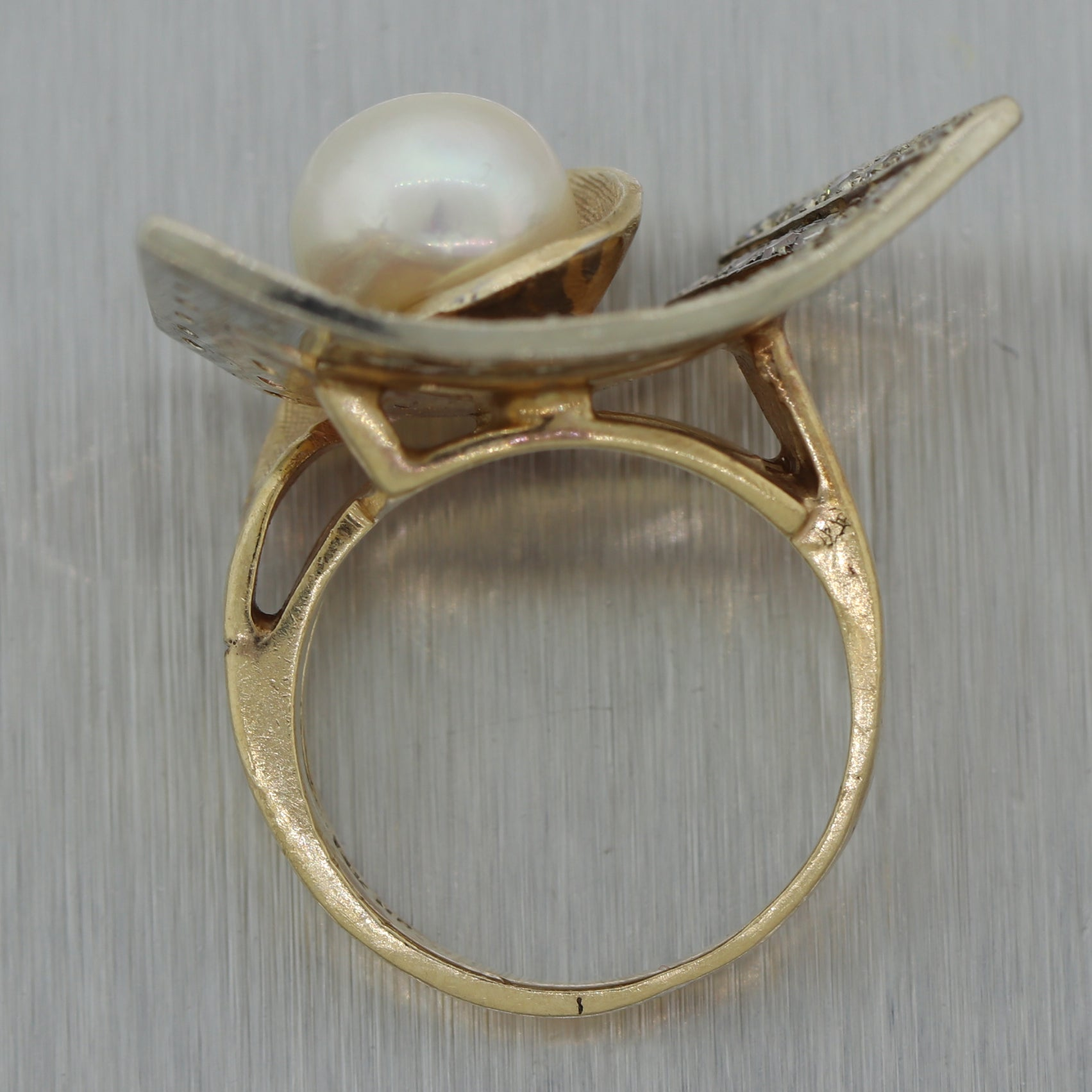 1970's Vintage Estate 14k Yellow Gold 0.75ctw Diamond & Pearl Ring