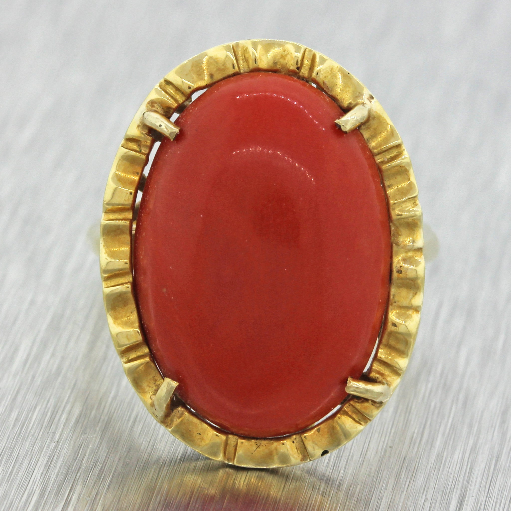 1960s Vintage Estate 18k Solid Yellow Gold Chunky Red Orange Coral Ring