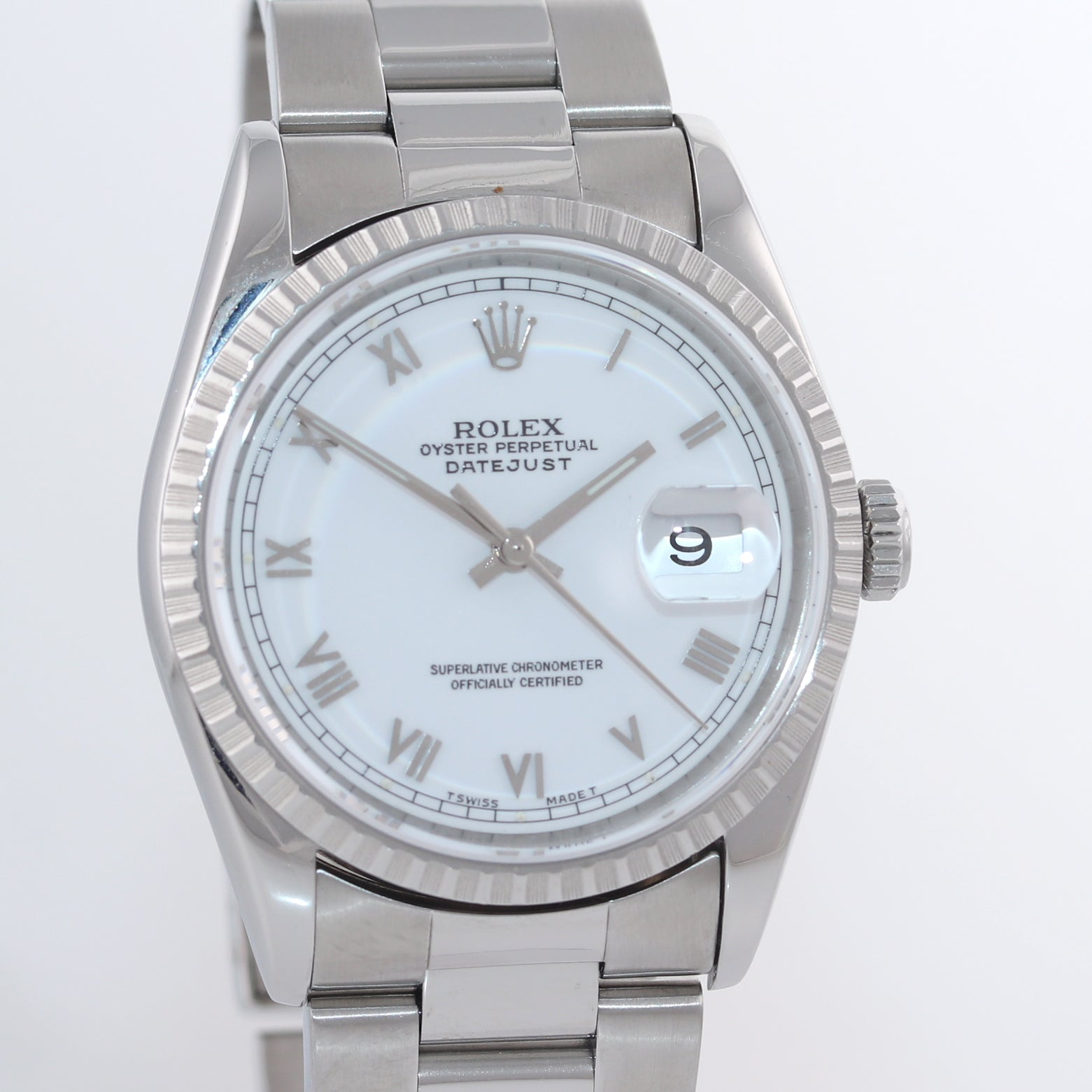 MINT Rolex DateJust 36mm 16220 Steel White Roman Date 36mm Oyster Watch