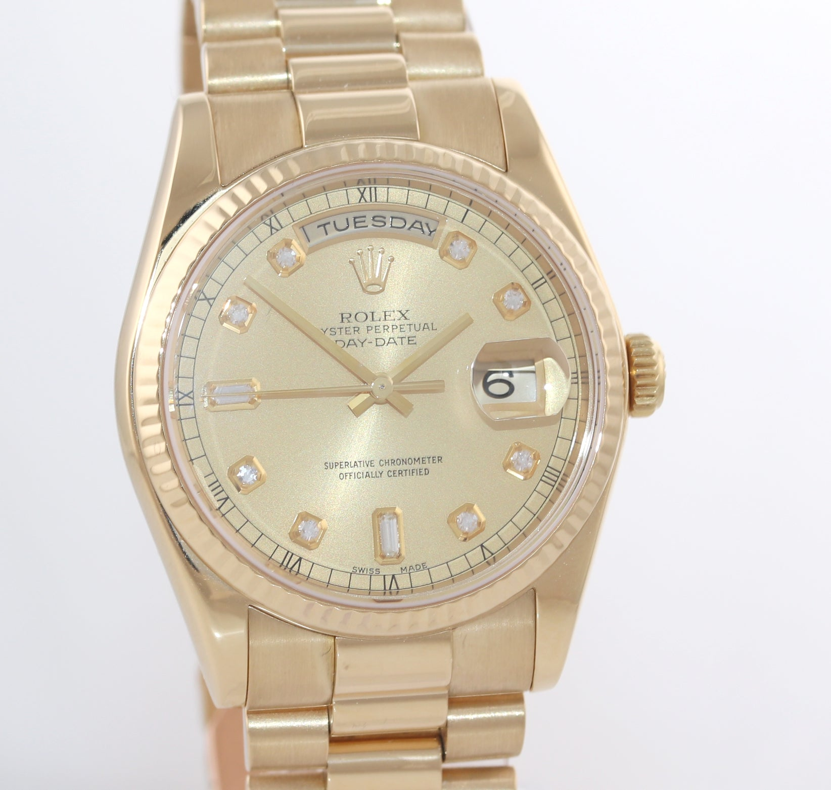 Rolex President Champagne Diamond Dial 18k Yellow Gold 118238 Modern Style Watch