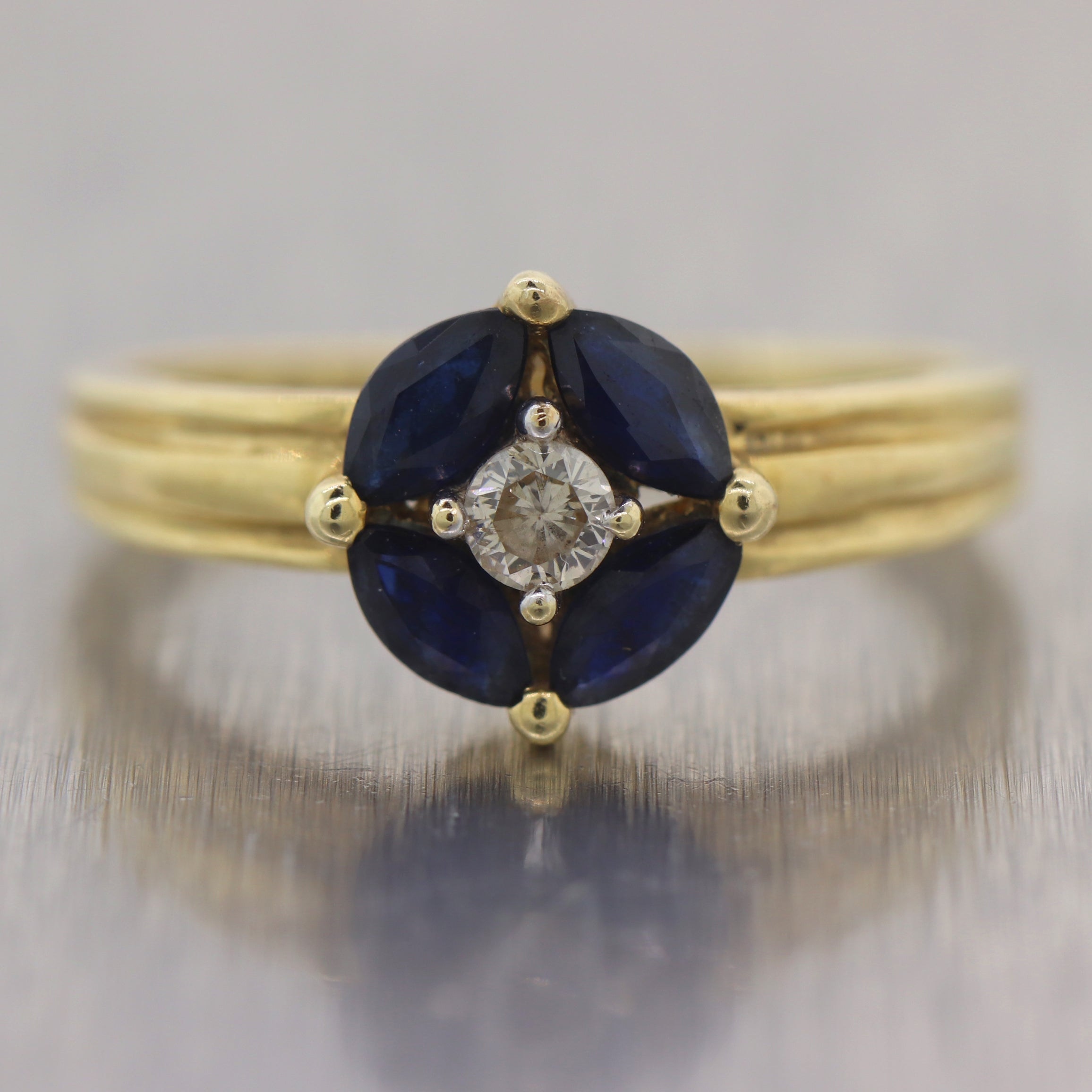 Vintage Estate 14k Yellow Gold 0.50ctw Diamond & Sapphire Ring