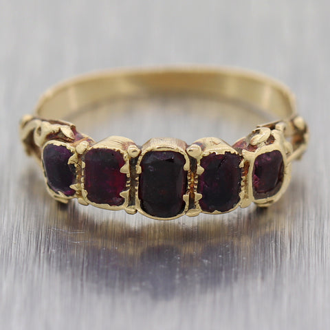 1880's Antique Victorian 14k Yellow Gold 0.50ctw Garnet Wedding Band Ring