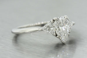 Ladies Tiffany & Co. Platinum 950 1.37ctw Pear Shape Diamond Engagement Ring GIA