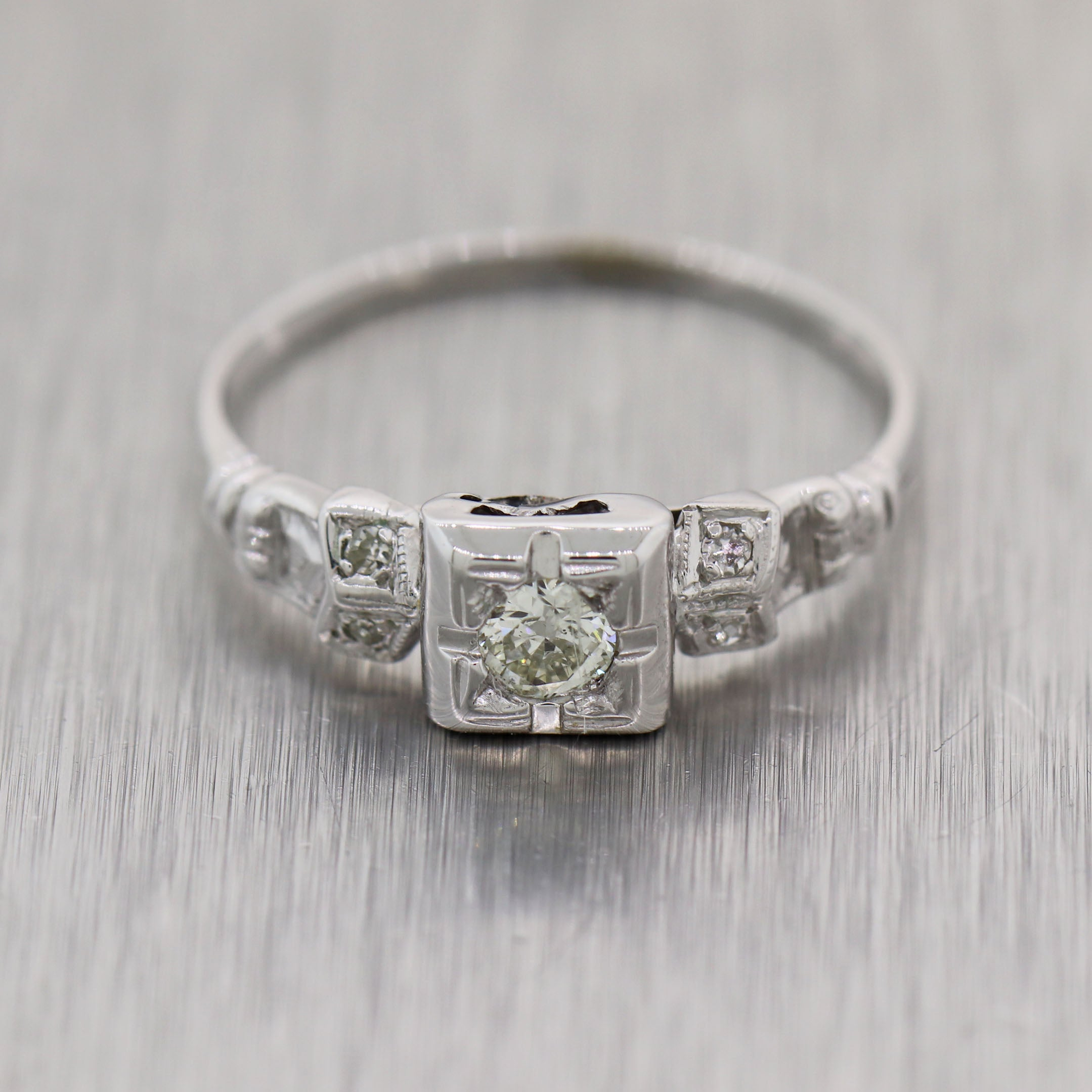 1930's Antique Art Deco 14k White Gold Diamond Engagement Ring