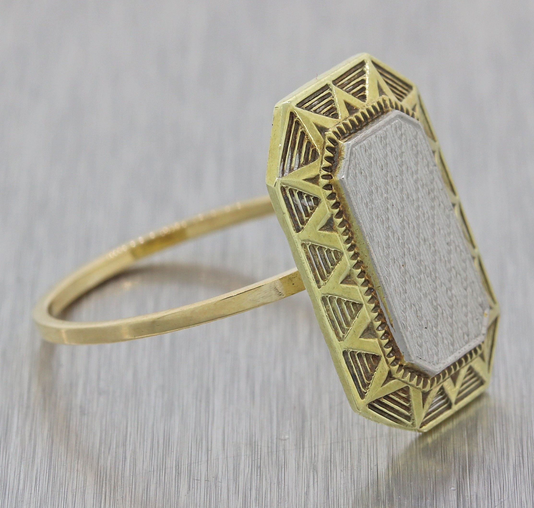 1930s Antique Art Deco Solid 14k Yellow Gold Platinum Shield Cocktail Ring F8