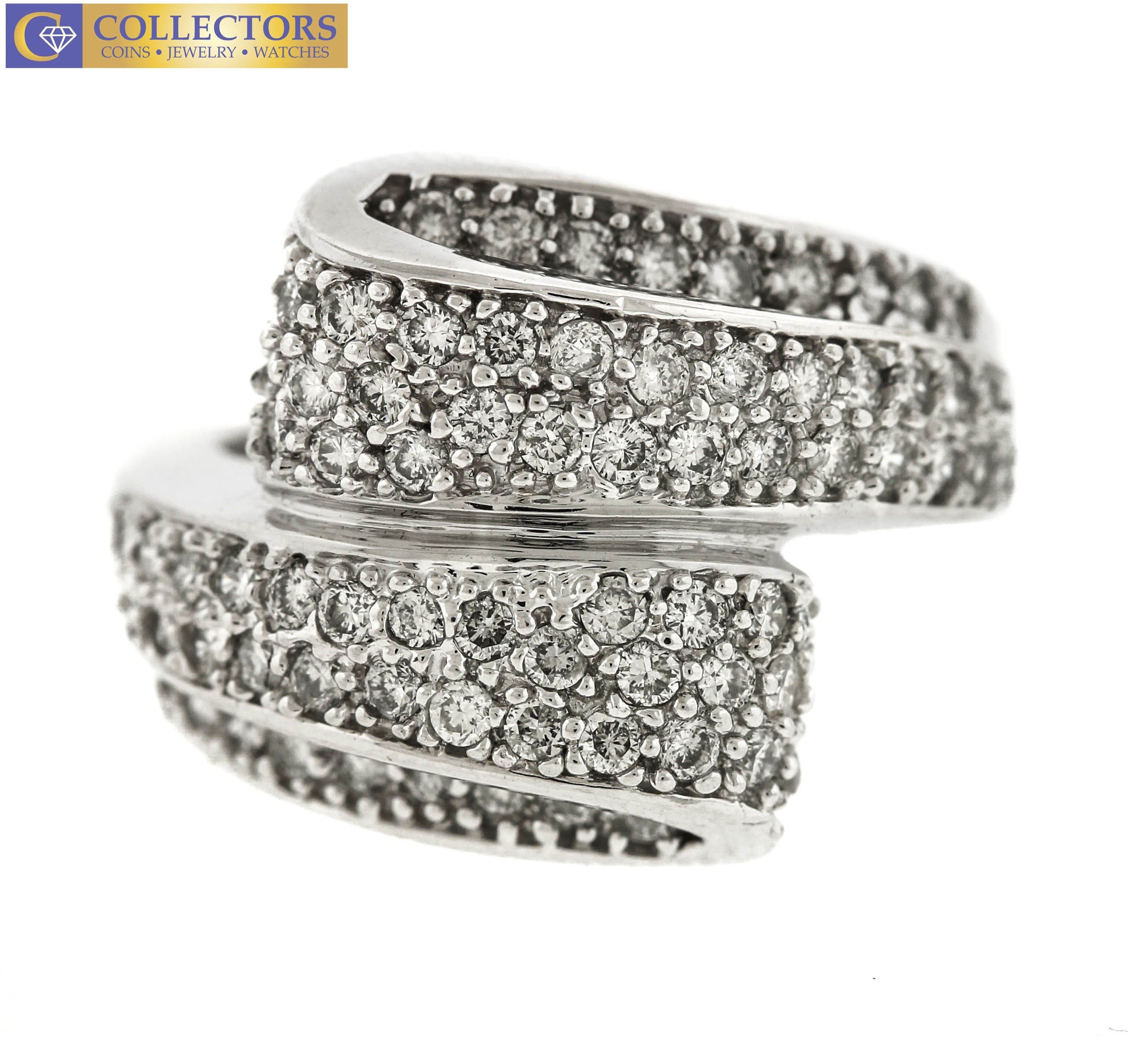 Lovely Ladies Estate 14K White Gold 2.50ctw Diamond Cluster Bypass Cocktail Ring