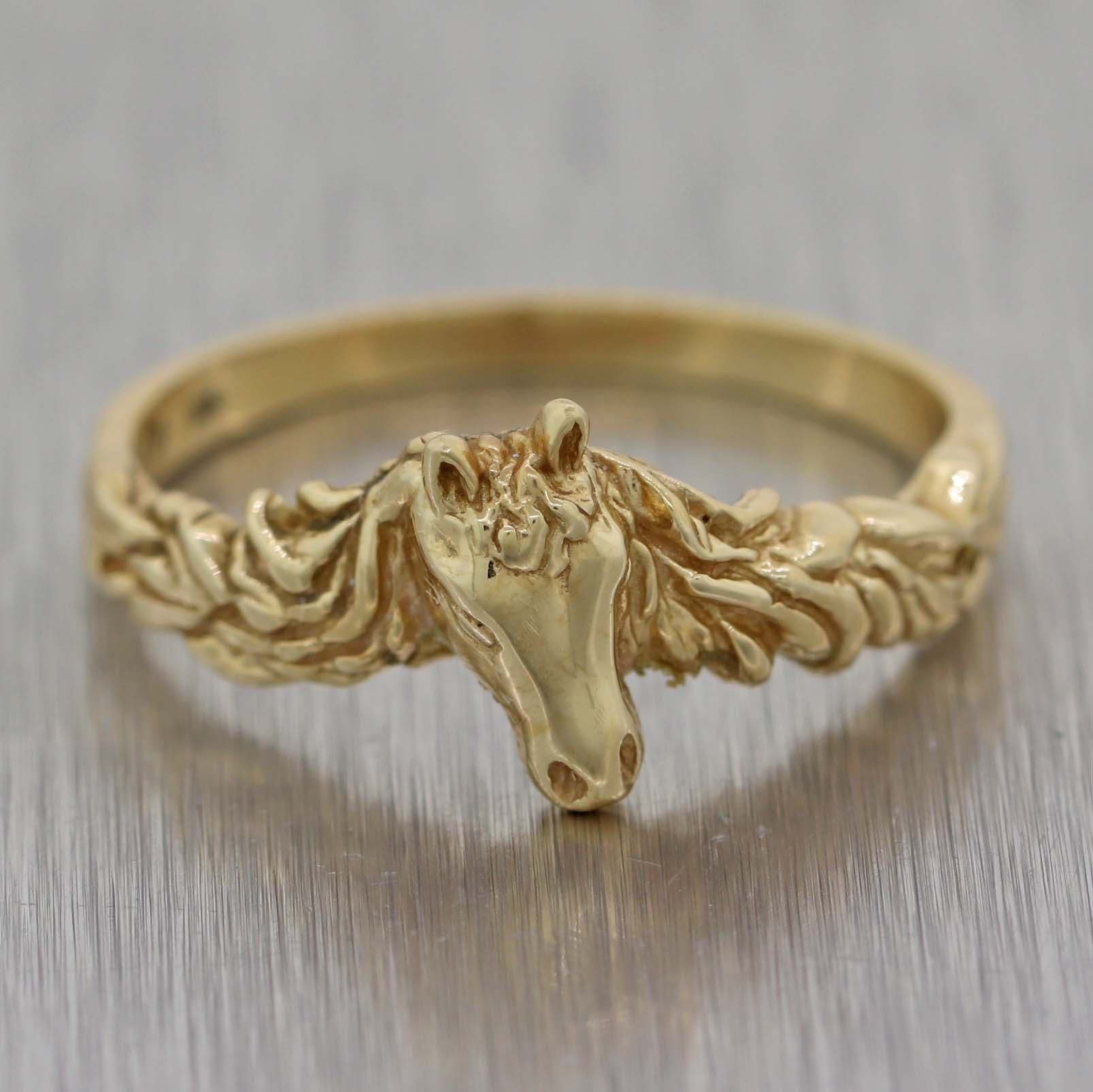 63d4f9fe48352 Vintage KABANA Solid 14k Yellow Gold Horse Band Ring