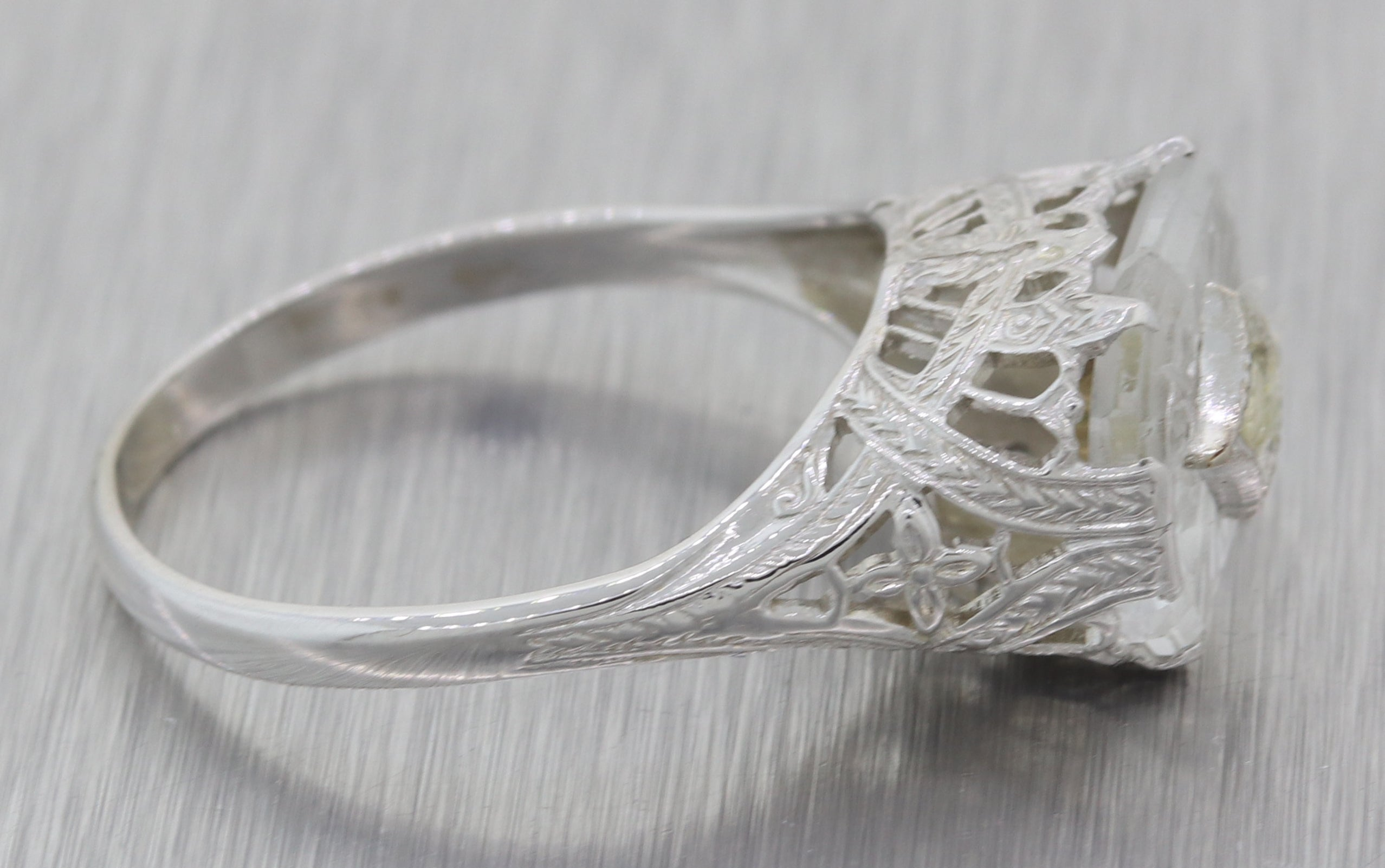 1940s Antique Art Deco Estate 14k White Filigree Camphor Glass Diamond Ring F8