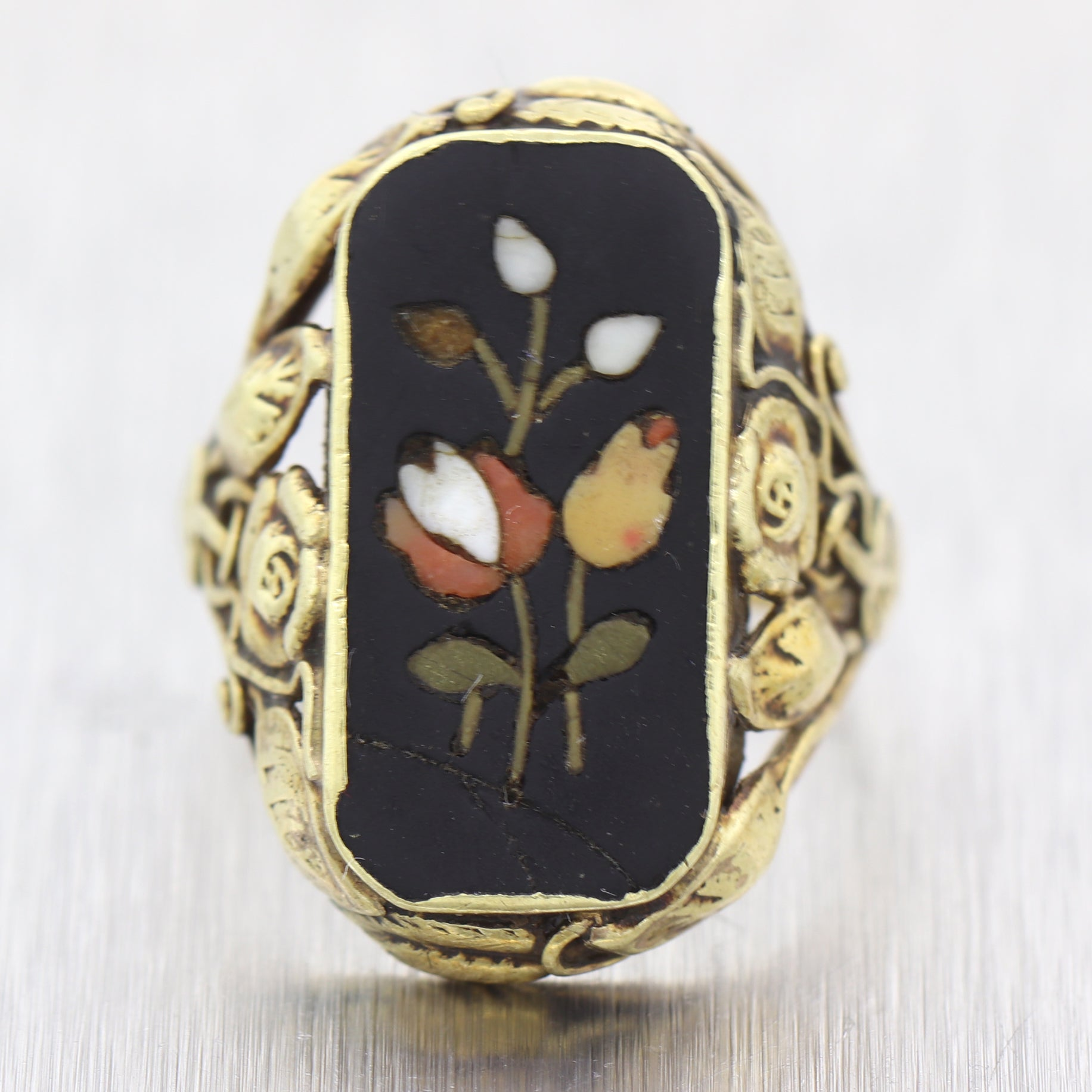 1910's Antique Art Nouveau 14k Yellow Gold Pietra Dura Flower Ring