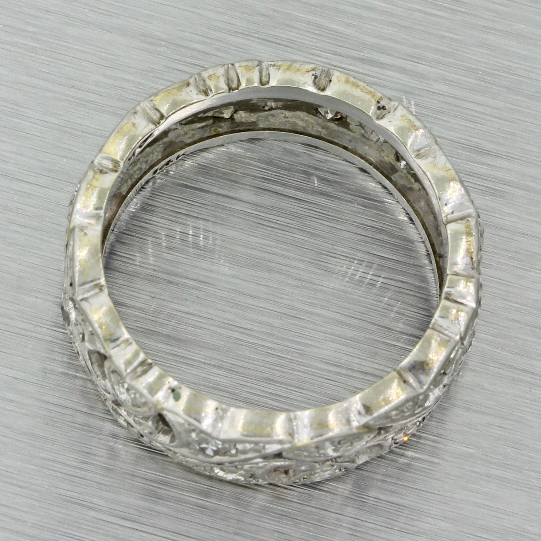 1920s Antique Art Deco 14k Solid White Gold .28ctw Diamond Filigree Band Ring