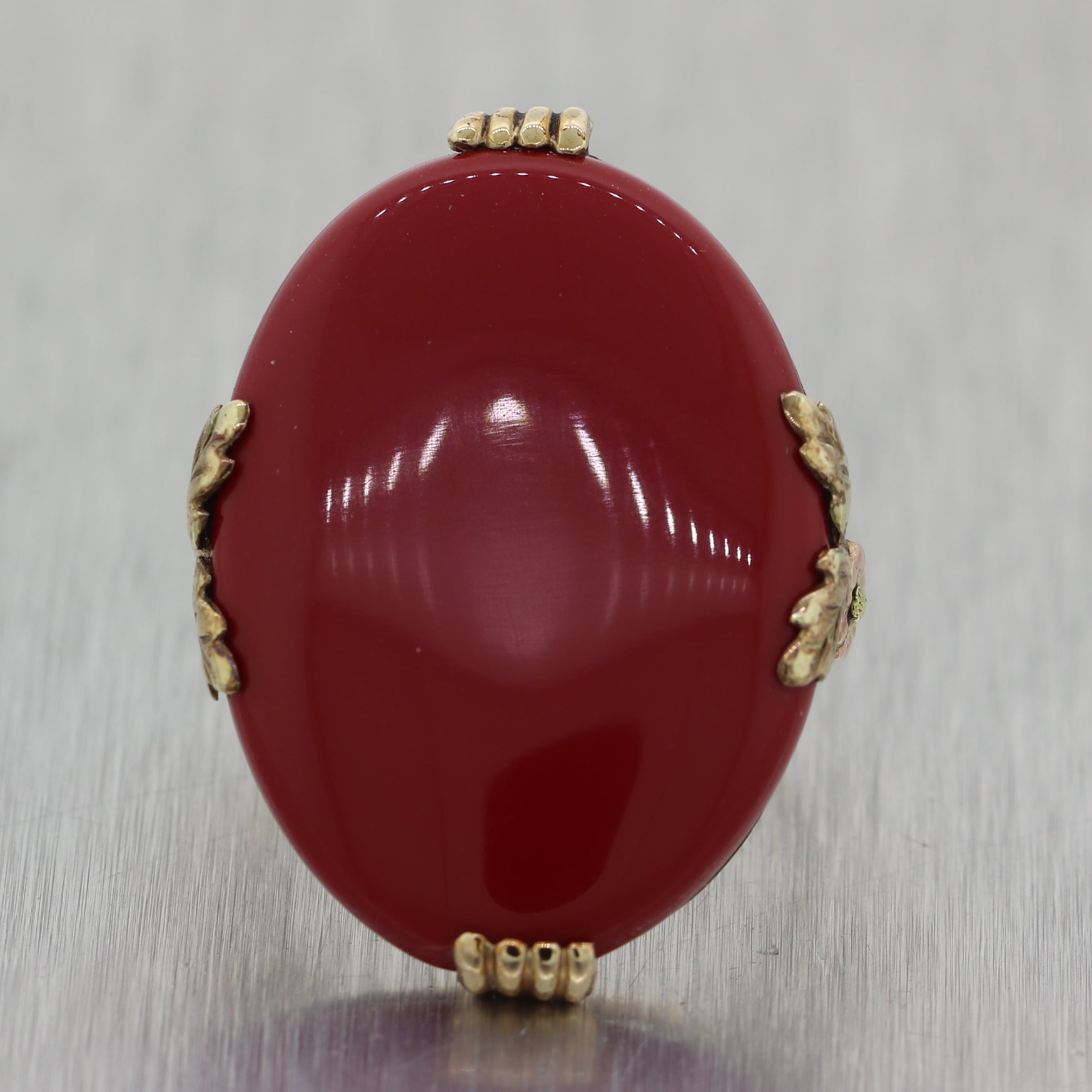 1890's Antique Victorian 14k Yellow Gold Red Stone Ring