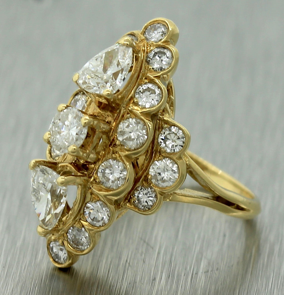 $5,980 Ladies Vintage Estate 18K Yellow Gold 3.27ctw Diamond Cluster Ring EGL