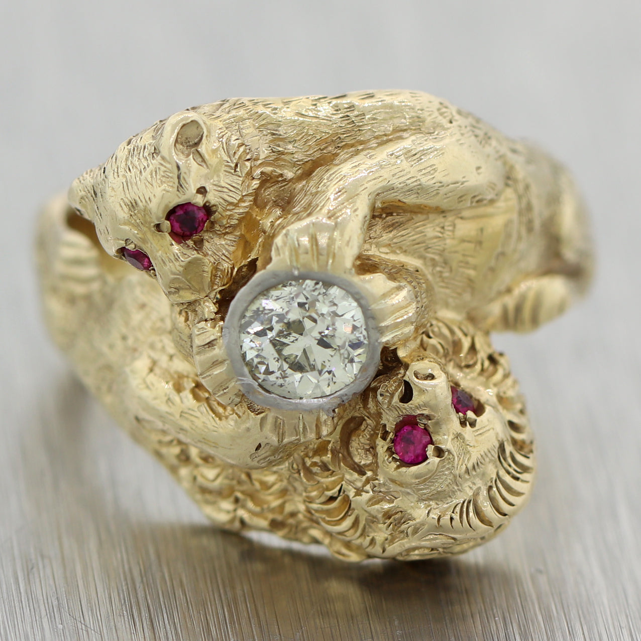 Antique Victorian 14k Yellow Gold 0.58ctw Diamond & Ruby Lion & Lioness Ring