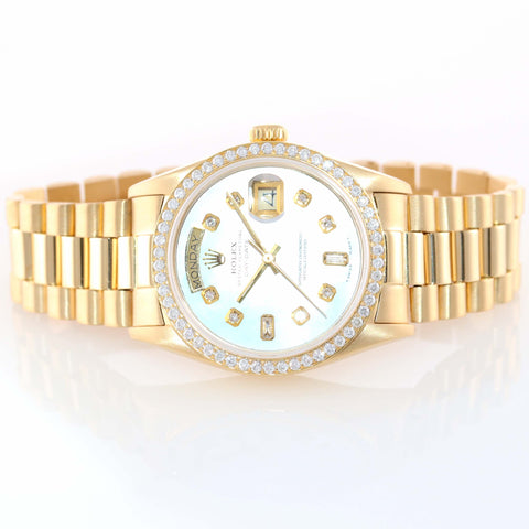 DIAMOND BEZEL Rolex Day Date President 36mm 18038 18k Yellow Gold MOP Diamond Dial