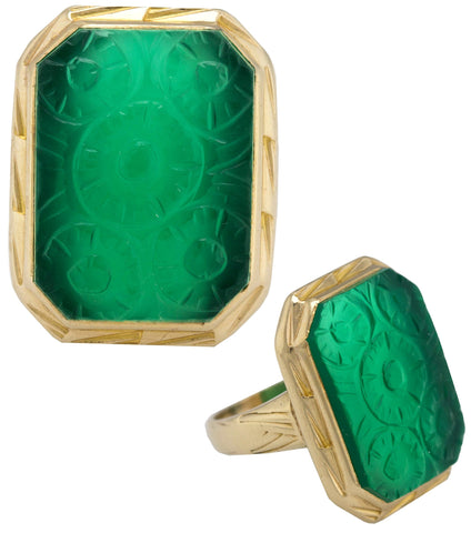 Ladies Vintage Estate 14K Yellow Gold Jade Jadeite Carved Floral Cocktail Ring