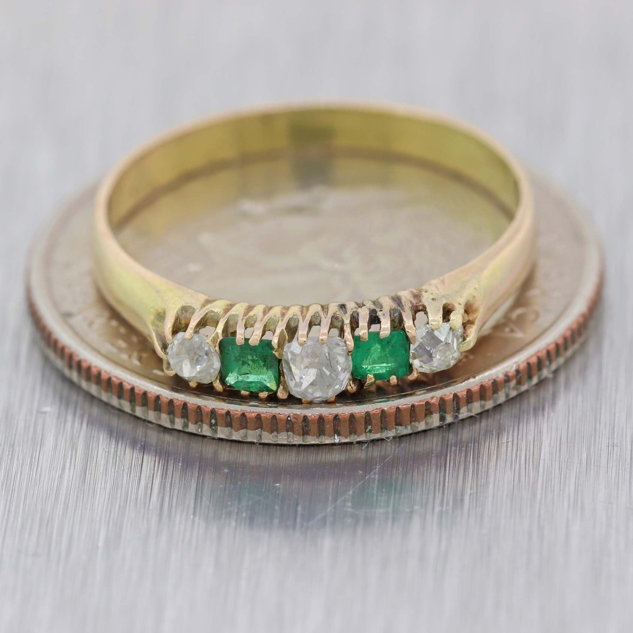 1870s Antique Victorian Estate 14k Yellow Gold .20ctw Diamond Emerald Band Ring