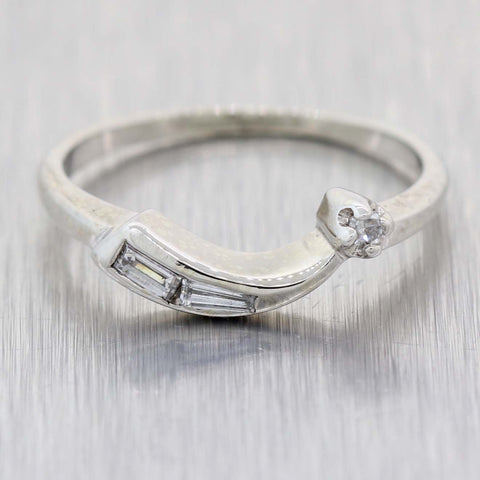 1930s Antique Art Deco 14k White Gold .10ctw Diamond Shooting Star Band Ring