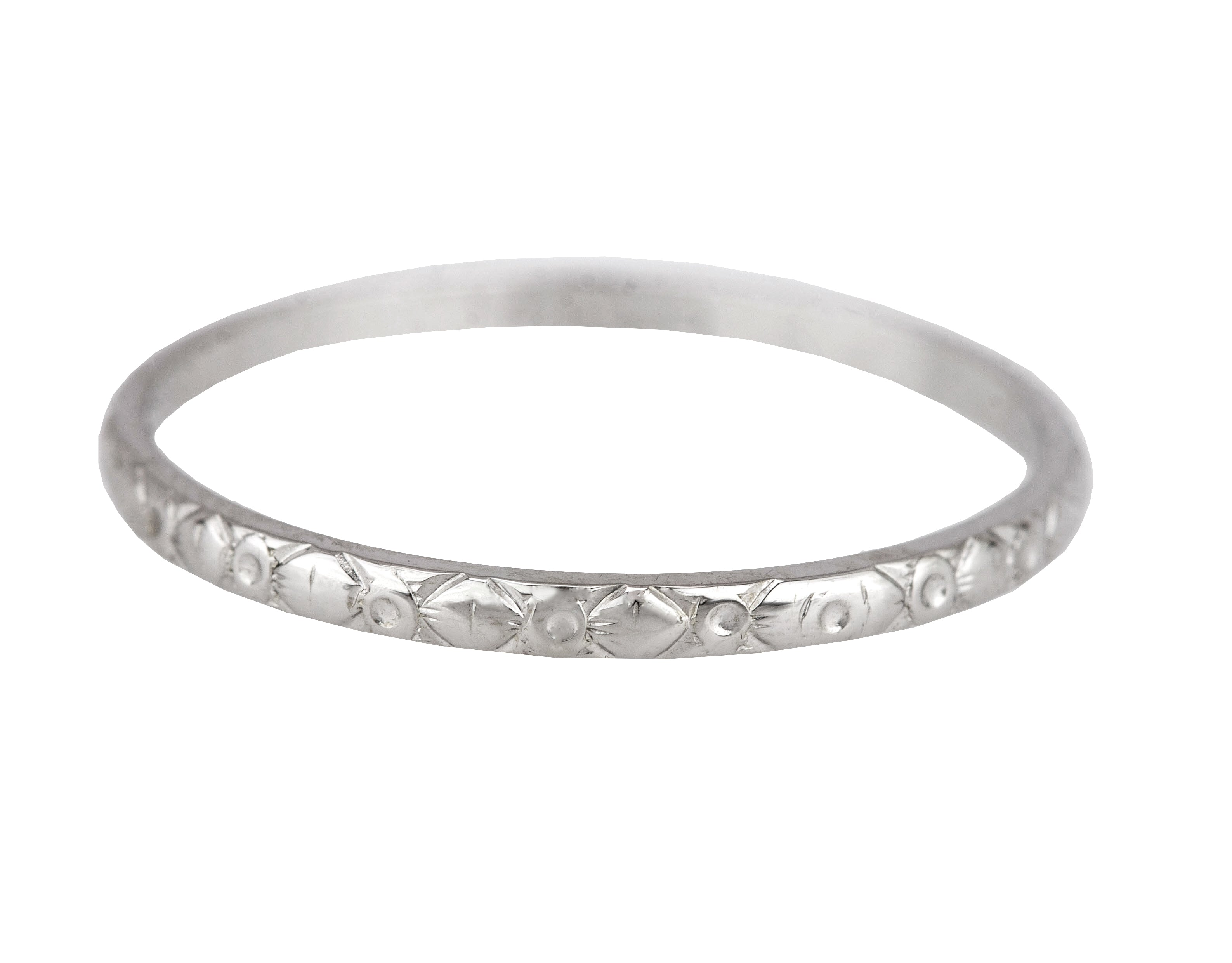 1930's Antique Art Deco 18K White Gold Engraved Eternity Wedding Band Ring