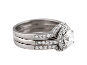 Ladies Platinum 1.05ct E-F Round Brilliant Diamond Halo Engagement Ring Band Set