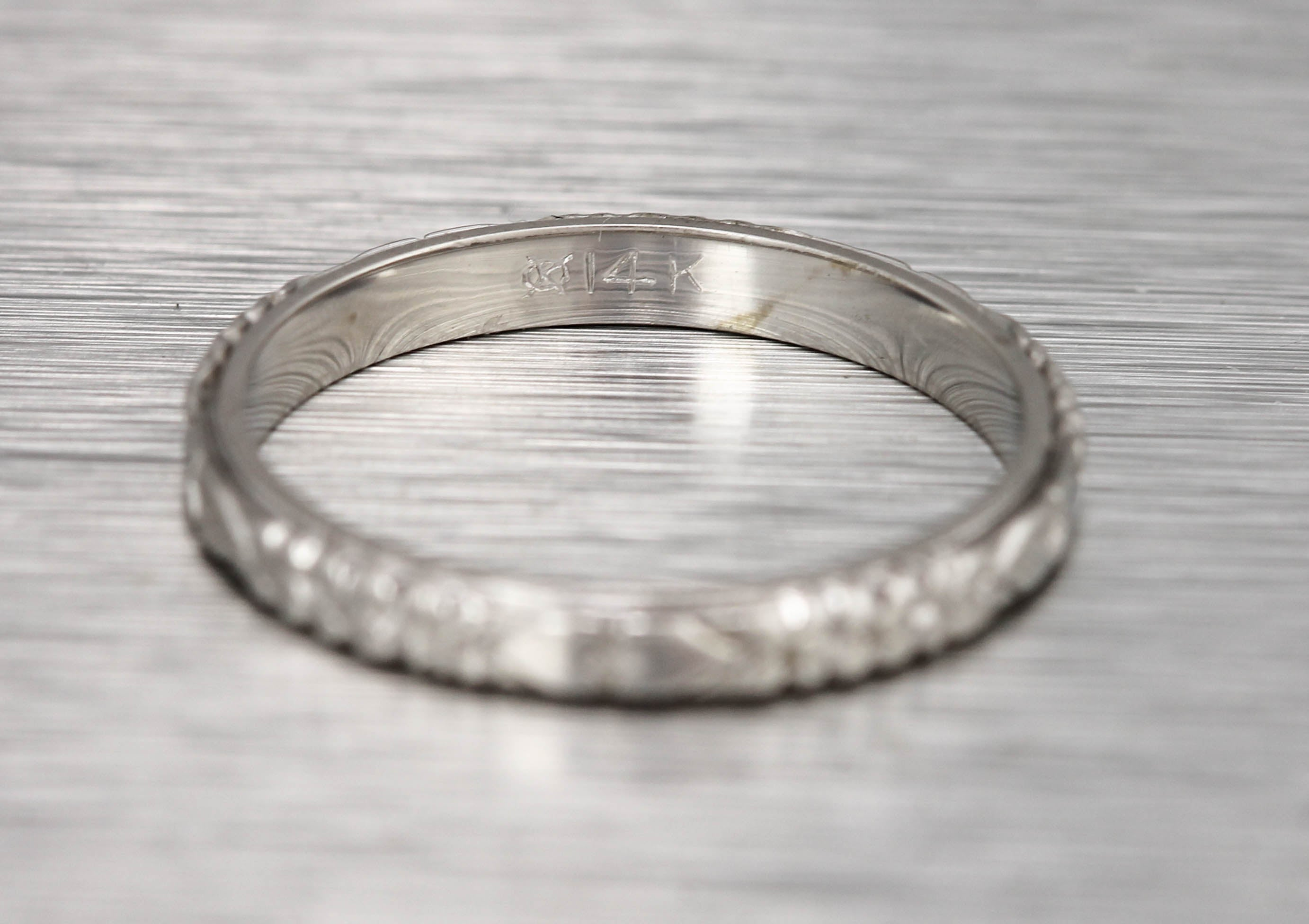 Ladies Vintage Estate 14K White Gold Heart Etched Eternity Band Ring