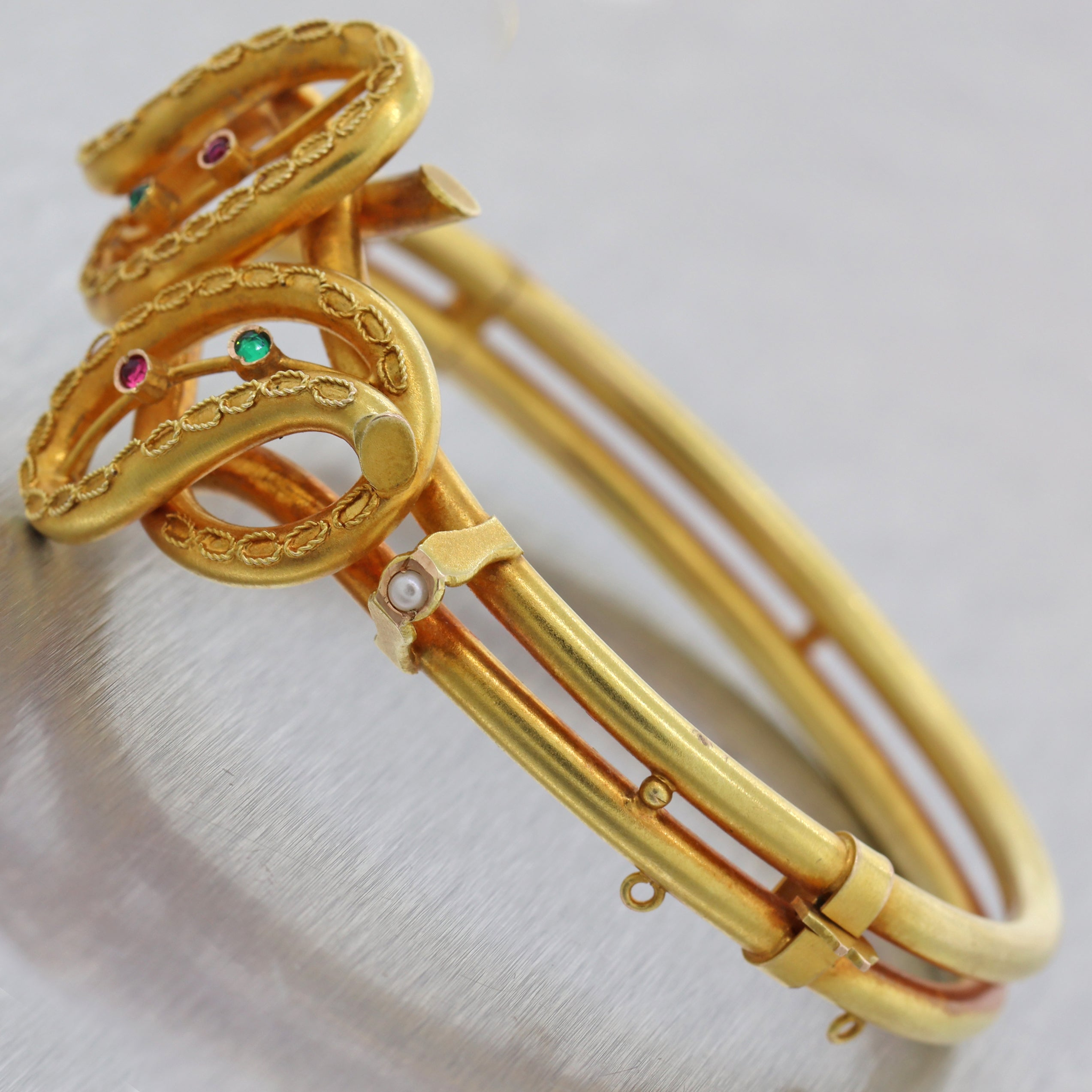 1880s Antique Victorian 14k Yellow Gold Etruscan Ruby Emerald Bangle Bracelet C8