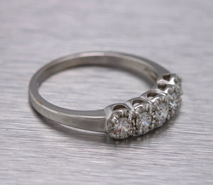 Lovely Ladies Estate 14K White Gold 0.40ctw Cubic Zirconia Anniversary Ring