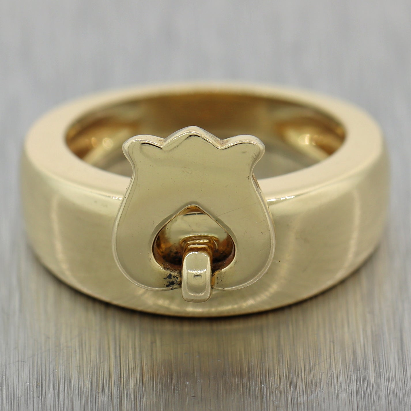 Dior 18k Yellow Gold Vintage Rose Size 52 Band Ring