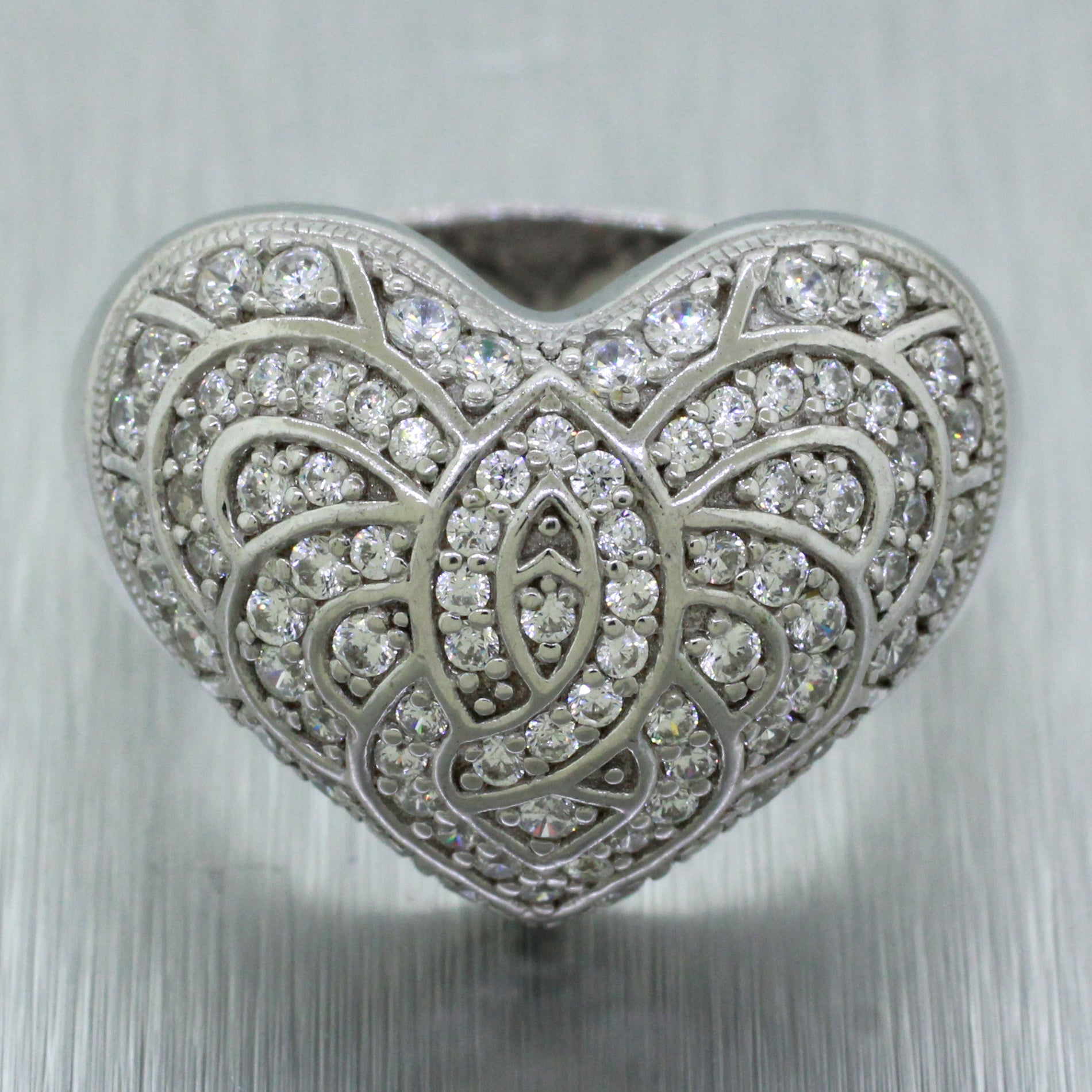 Modern 925 Sterling Silver 1.50ctw CZ Heart Statement Ring