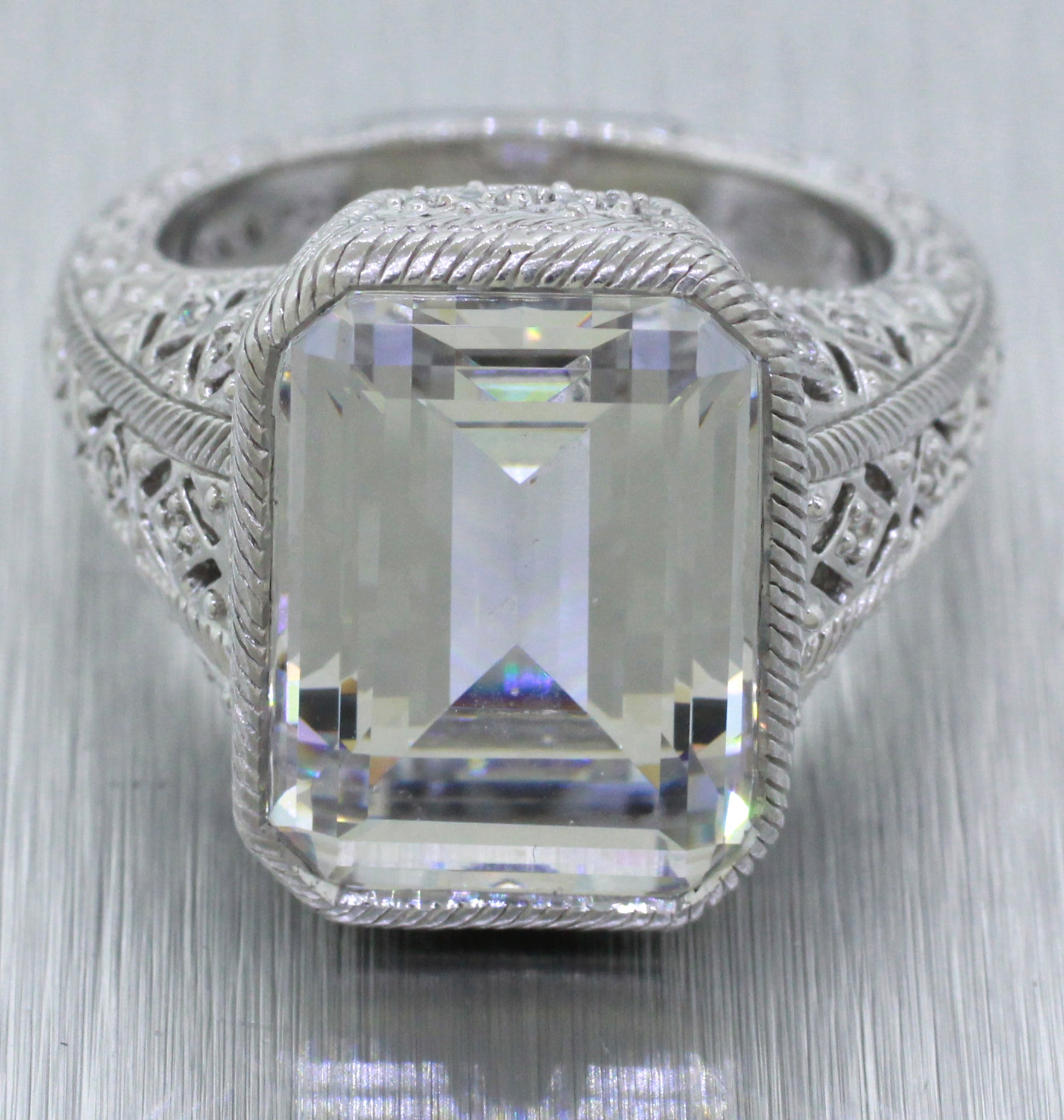 Judith Ripka 925 Sterling Silver 10ct CZ Emerald Cut Fancy Cocktail Ring
