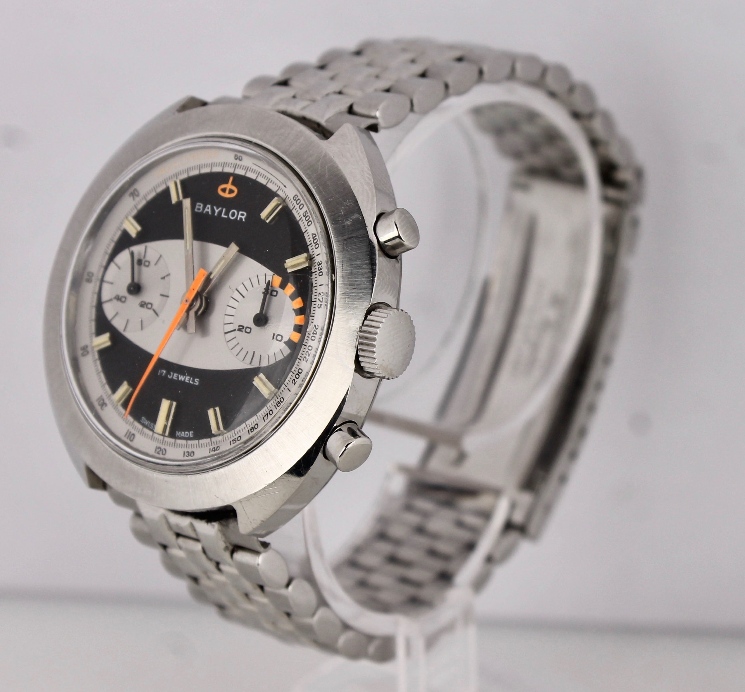 Vintage Baylor Landeron Datora Surfboard 39mm Racing Chronograph 149 Steel Watch