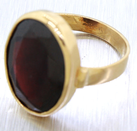 Modern 22k Solid Yellow Gold 10ct Garnet Oval Cocktail Ring