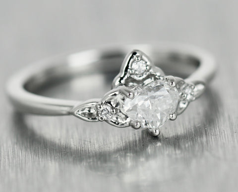 Lovely Ladies Platinum Celtic Crown 0.50ctw Heart Diamond Promise Ring