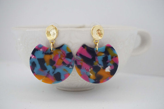 Multicolor Acrylic Circle Dip Gold Post Statement Earrings