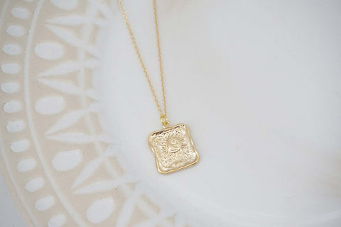 Glossy Gold Square Sun Pendant Charm Necklace