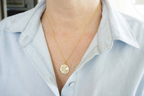 Glossy Gold Rose Stamp Charm Necklace