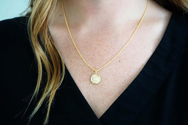Glossy Gold Stamp Pendant Necklace