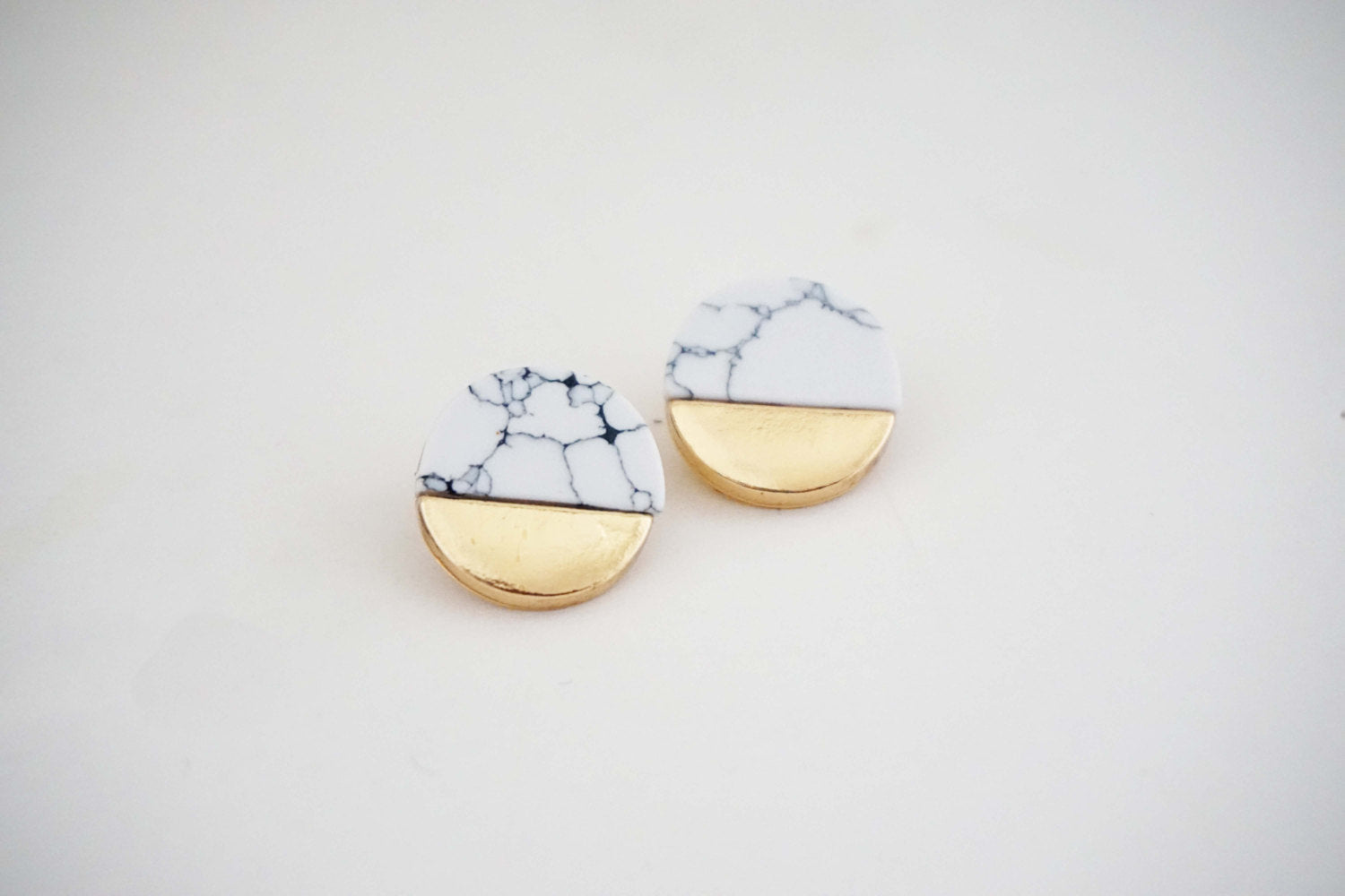 Marble Circle Post Earrings