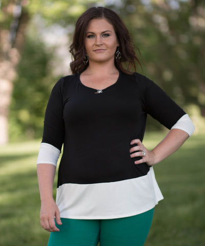 Curvy 3/4 Quarter Sleeve Color Blocked Top -  - 1