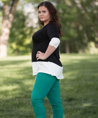 Curvy 3/4 Quarter Sleeve Color Blocked Top -  - 2